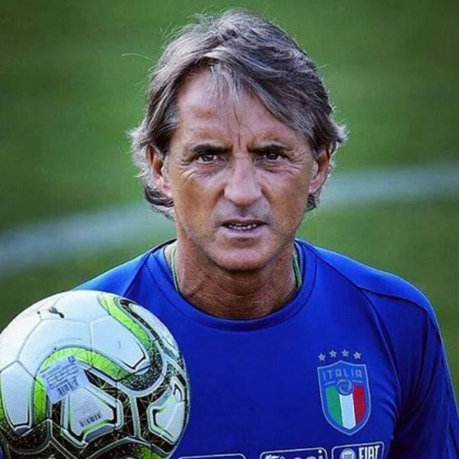 Манчини задумался над уходом из сборной Италии
