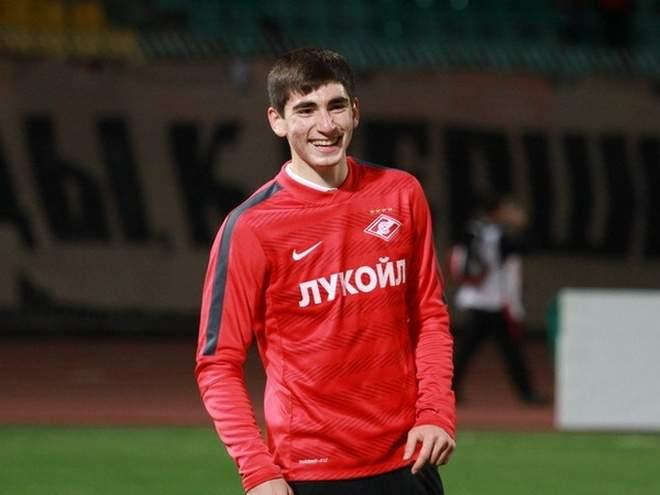 Первый гол Бакаева в сезоне принёс «Спартаку» непростую победу в Волгограде