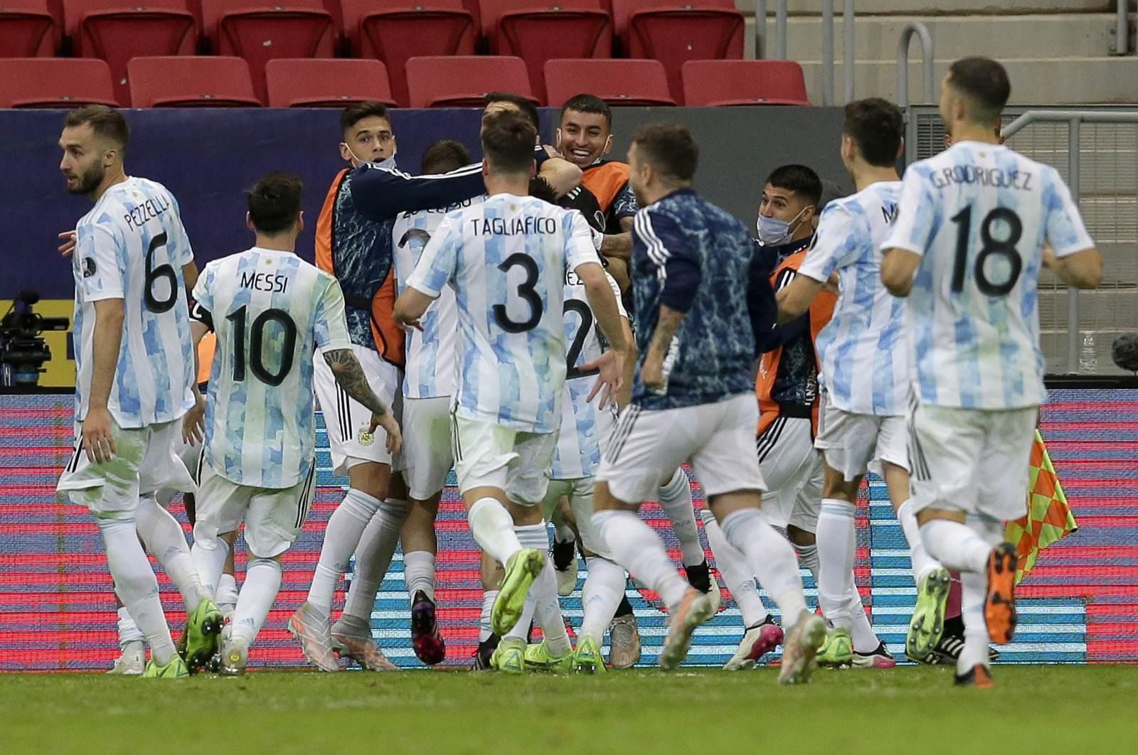 Появилось видео из победной раздевалки сборной Аргентины