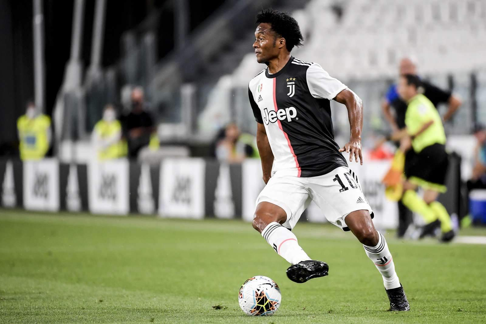 В «Ювентусе» второй случай коронавируса за два дня, впереди матч с «Миланом»