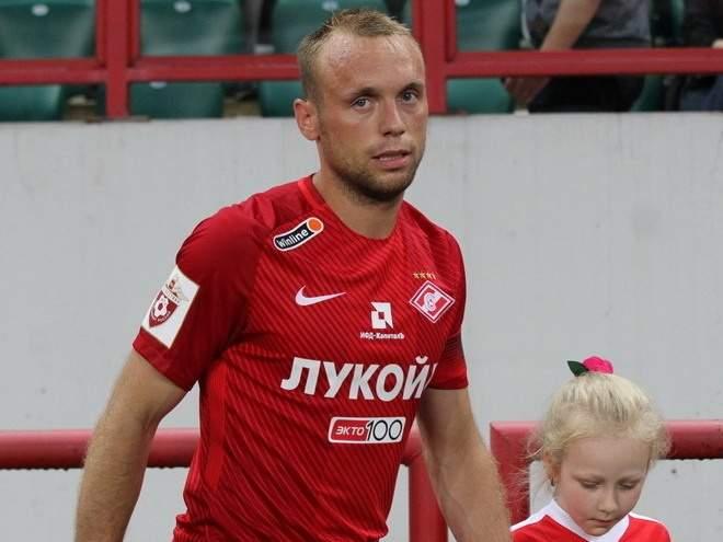 Глушаков ответил на приглашение в женский футбол