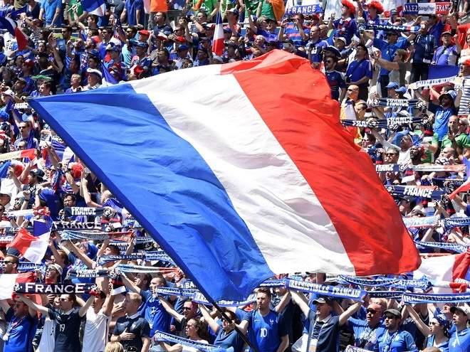Сборная Российской Федерации пофутболу получит 16 млн долларов отФИФА