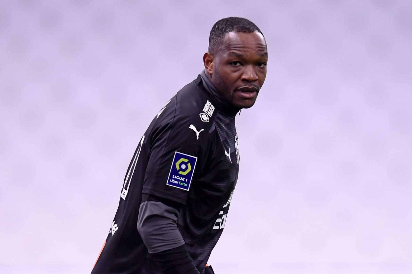 Манданда заменён в перерыве матча с «ПСЖ»