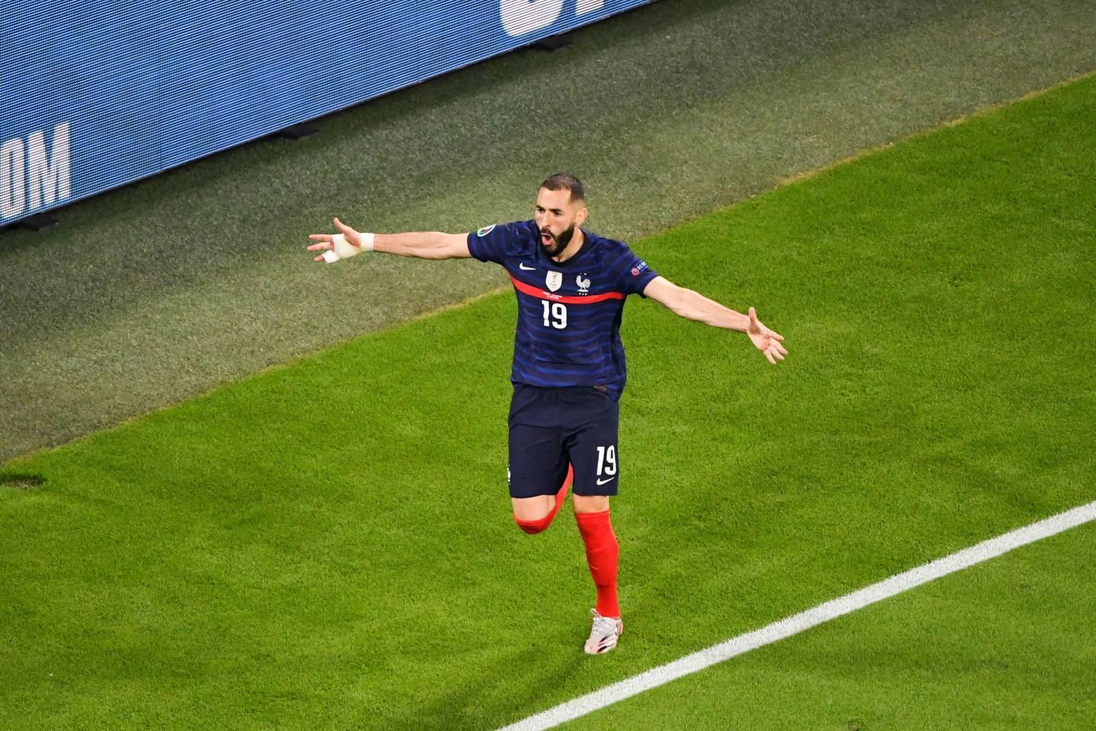 Бензема обогнал Зидана по голам за сборную Франции