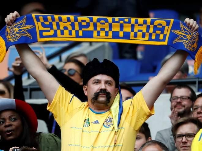 Восемь фанатов сборной Украины были арестованы после матча с Чехией