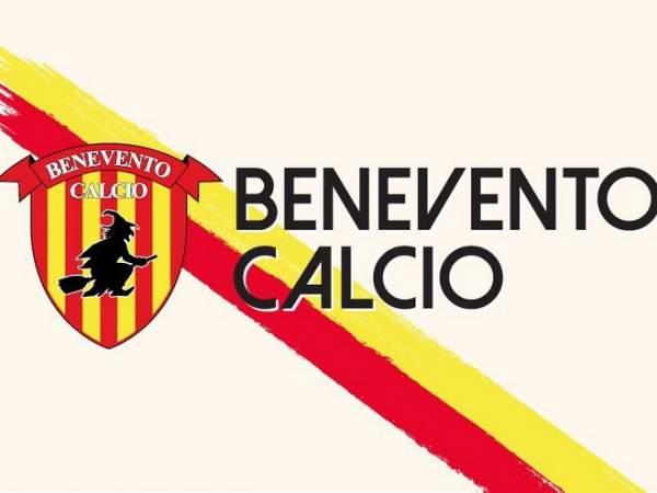 «Беневенто» набрал первые очки в пяти последних матчах, обыграв «Фиорентину»