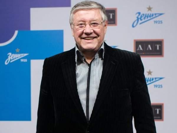 """Орлов: """"Азмун не рвётся в Европу, он хочет играть в """"Зените"""""""
