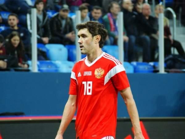 Ташуев: «Надо спрашивать с тех, кто отвечает за уровень российского футбола, и непонятно, почему за сборную играет Жирков»