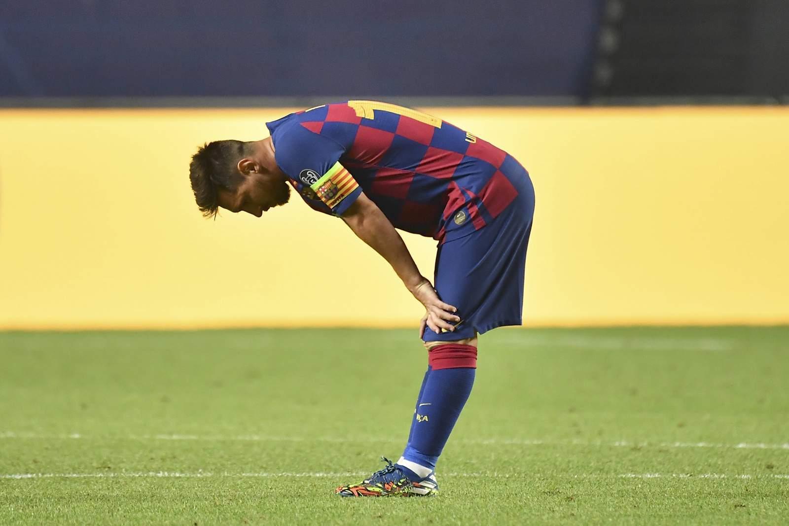 «Придурок, перестань меня пинать»: Месси сорвался во время товарищеского матча