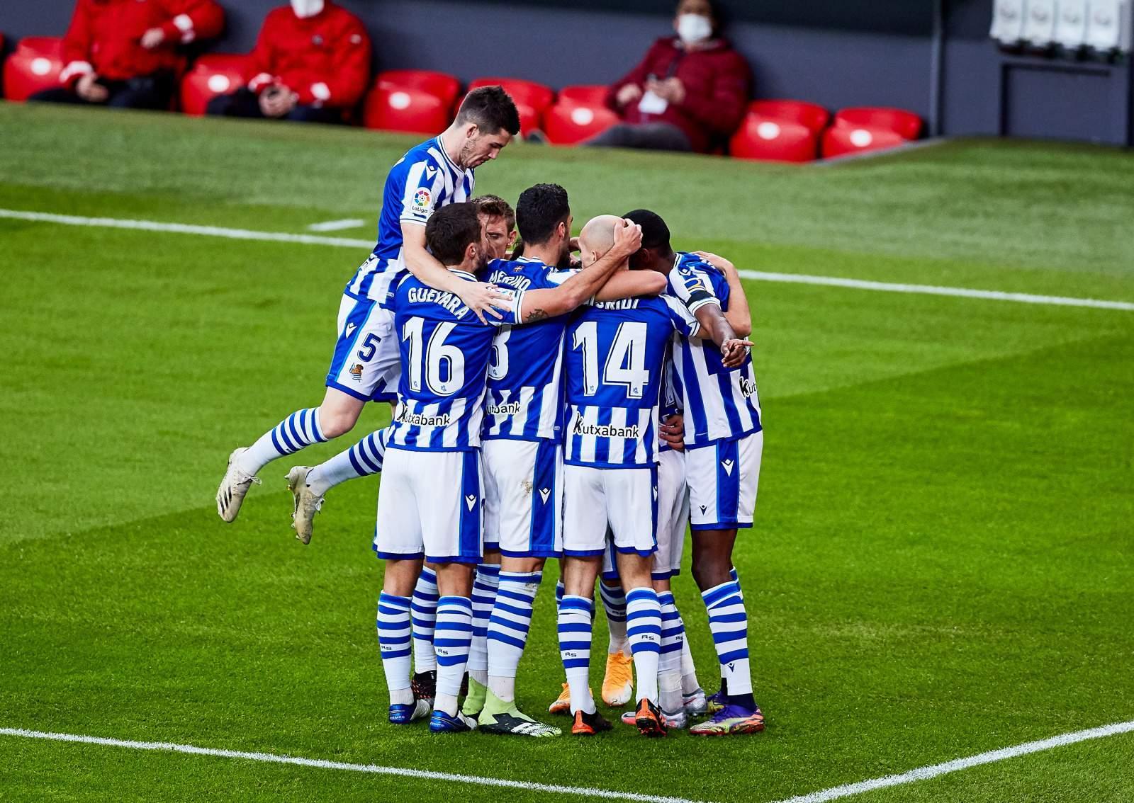 «Реал Сосьедад» дожал «Эльче», играя почти весь матч в большинстве