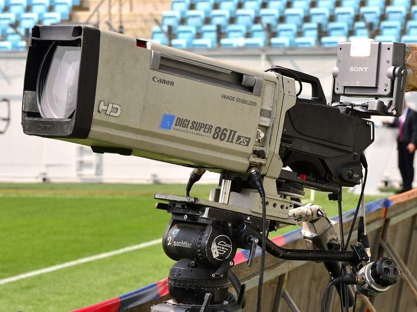 Украинский футболист Старгородский: «Нужно показывать белорусских болельщиков во время трансляций»
