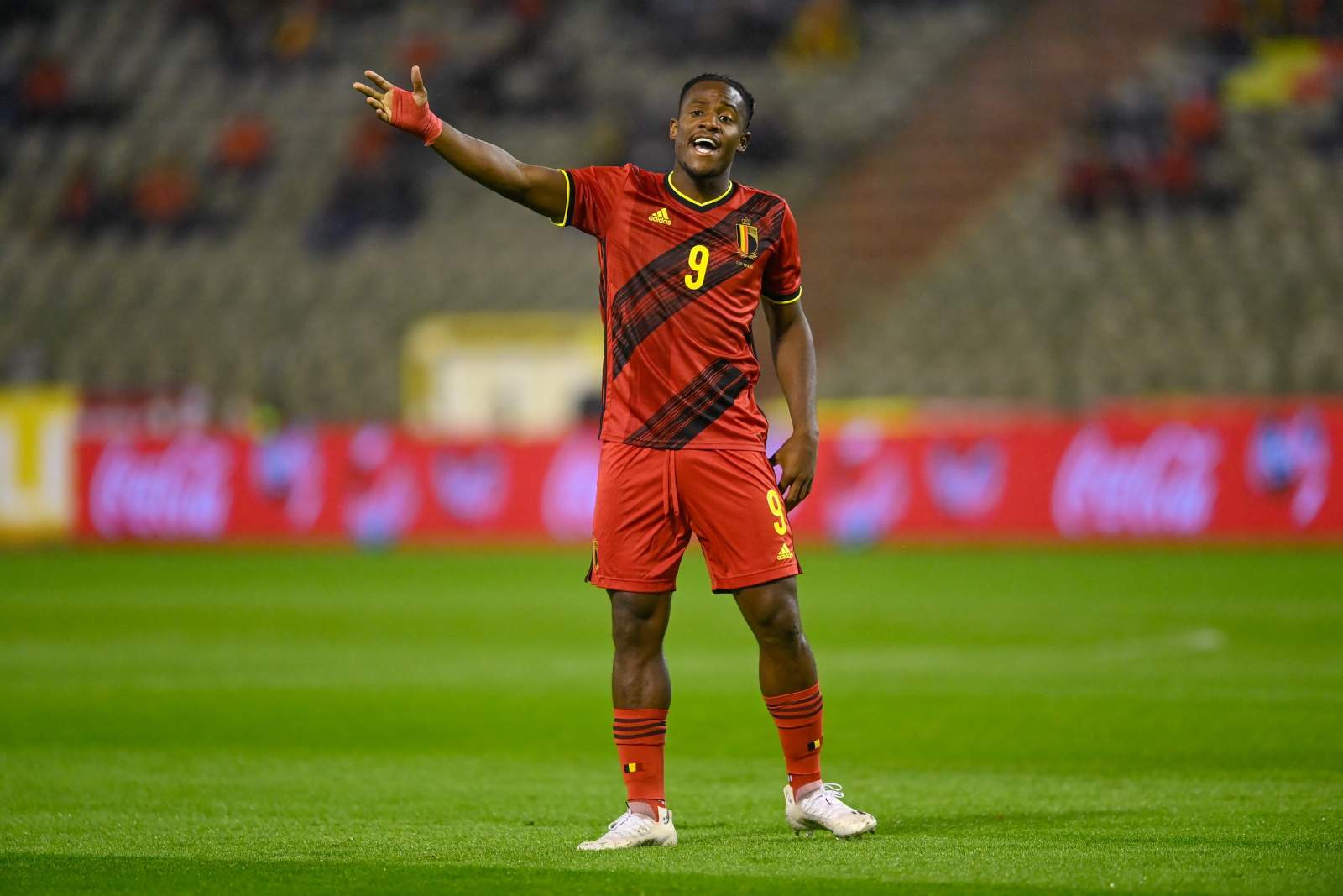 Бачуйаи: «В сборной Бельгии ощущаю доверие главного тренера, чего у меня нет в клубе»