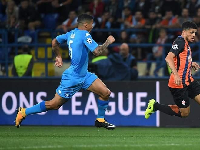 Аллан: «В Италии маленькие клубы слишком уважают большие, в Англии такого нет»
