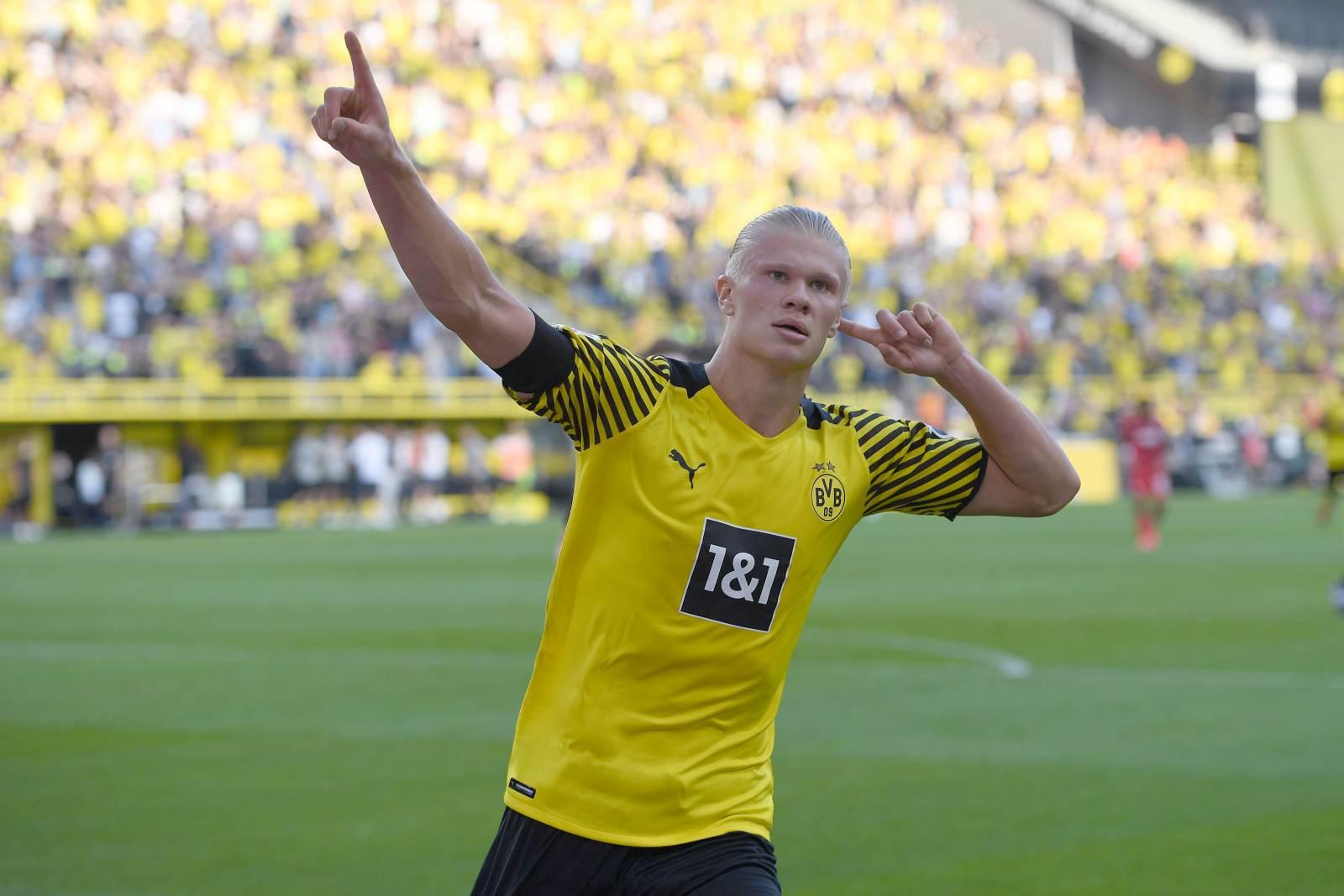 Холанн забил 68 голов в 67 играх за «Боруссию»