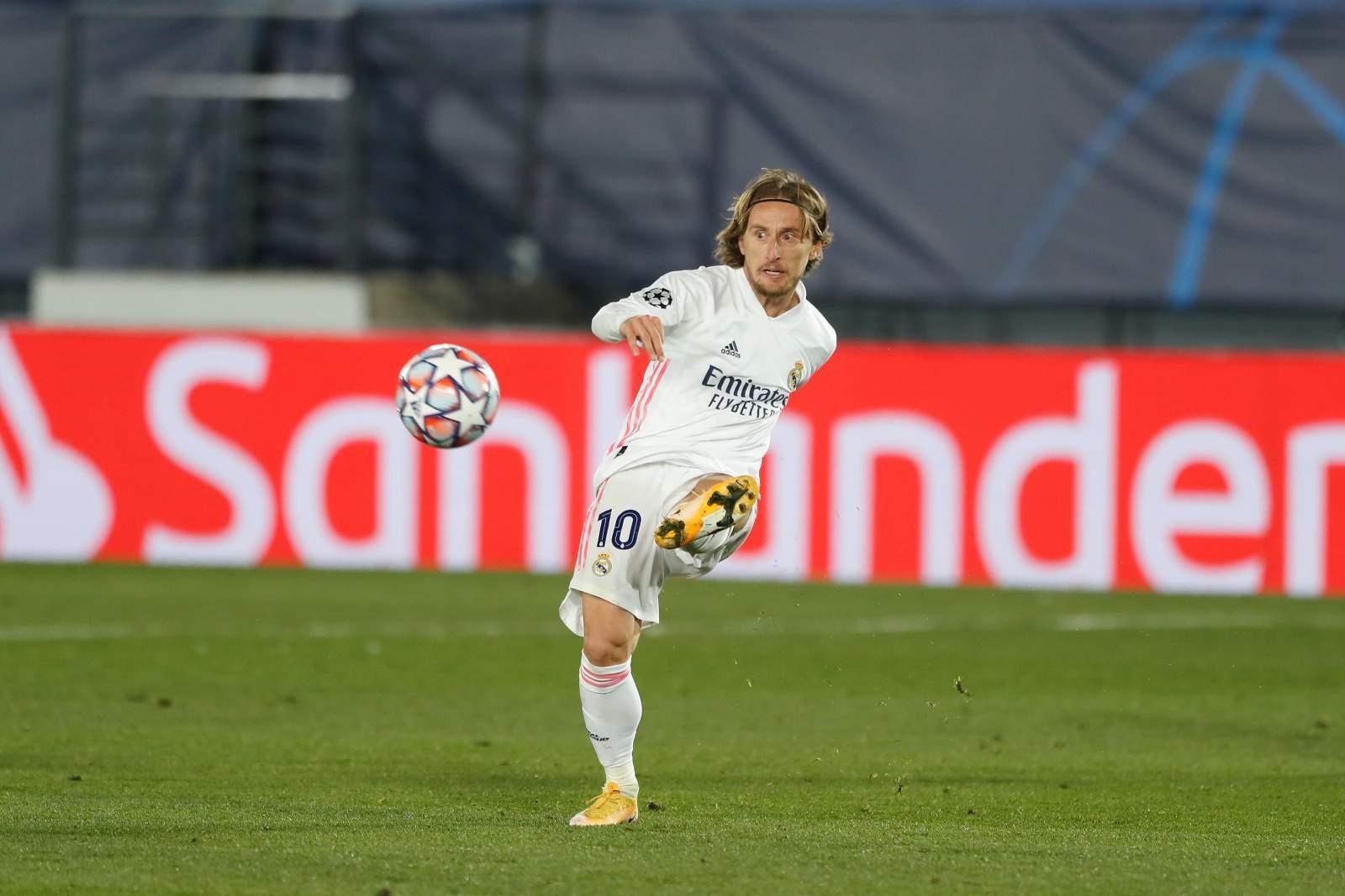 Модрич впервые забил головой за «Реал»
