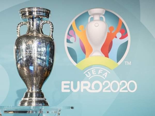 Сборные Турции, Исландии и Люксембурга начали отбор с побед
