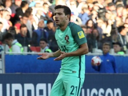 «Арсенал» выкупил Соареша и Мари