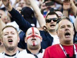 Игрок сборной Англии рассказал об угрозах после смены футбольного гражданства