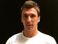 Манджукич отклонил предложения «Астон Виллы» и «Болоньи»