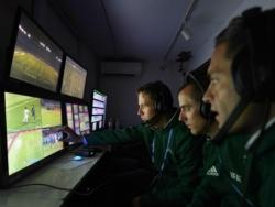 """Прядкин: """"УЕФА не разрешит использовать ВАР только на одном стадионе чемпионата"""""""