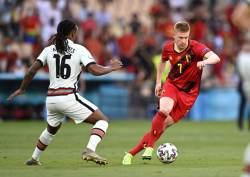 Де Брёйне  в стартовом составе сборной Бельгии на матч с Италией