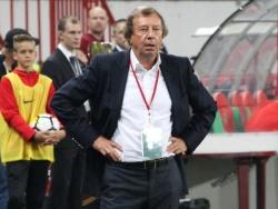 Какой российский клуб первым уволит главного тренера?