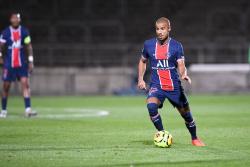 Выход в полуфинал Лиги чемпионов вынуждает «ПСЖ» заплатить «Барселоне» 1,5 млн евро