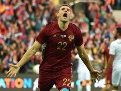 Дзюба сравнялся с Кокориным и Смоловым по голам за сборную