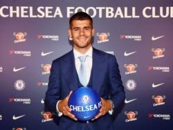«Челси» продаст двух игроков, чтобы заработать на транфер Санчо