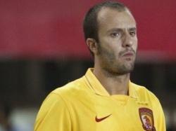 Джилардино спустя месяц вернулся в «Сиену», команду должен был принять Владимир Газзаев