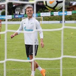 «Зенит» за счёт спорного гола с трудом обыграл «Сочи» с Кокориным