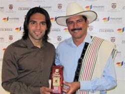 Колумбийские болельщики угрожают обидчику Фалькао