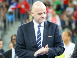 Инфантино: «ВАР точно не вредит футболу»