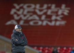 Двойник Клоппа зажигал перед матчем Англия  Германия