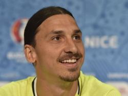 Ибрагимович готов был платить Лукаку за удачные остановки мяча