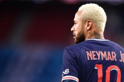 Неймар признан игроком недели в Лиге чемпионов