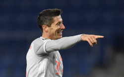 Левандовски поднялся в топ-3 лучших бомбардиров Лиги чемпионов
