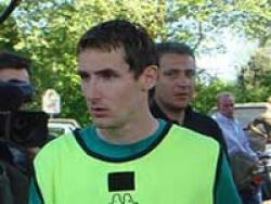 Клозе примет участие в матче в поддержку Михаэля Шумахера