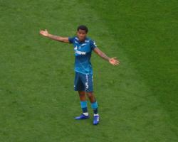 «Милан» и «Тоттенхэм» интересуются полузащитником «Зенита»