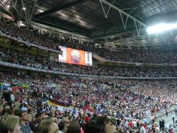 «Бегал на трёх ногах»: экс-игрок сборной Англии рассказал, как партнёры дали ему принять «Виагру»
