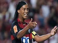 Роналдиньо может вернуться в Бразилию