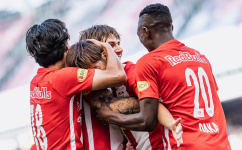 Топ-клубы АПЛ поборются на лучшего бомбардира «Зальцбурга»