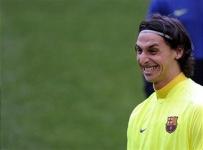 """Агент уверен на 99,9%, что Ибрагимович останется в """"Барселоне"""""""