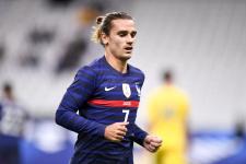 Как сборная Франции обыграла боснийцев и ушла в отрыв - видео