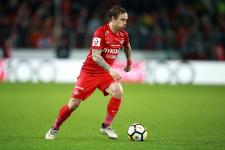 «Спартак» объявил о продлении контрактов с Ещенко и Ребровым