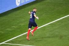 Сборные Испании и Франции забили по голу с интервалом в две минуты