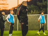 Анри предлагают тренерскую работу в Чемпионшипе