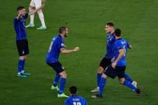 Италия - Уэльс - 1:0 (завершён)