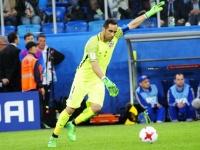Браво - первый голкипер в истории Лиги чемпионов, удалённый после выхода на замену