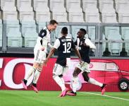 «Ювентус» и «Наполи» уверенно победили, «Лацио» дожал «Верону»